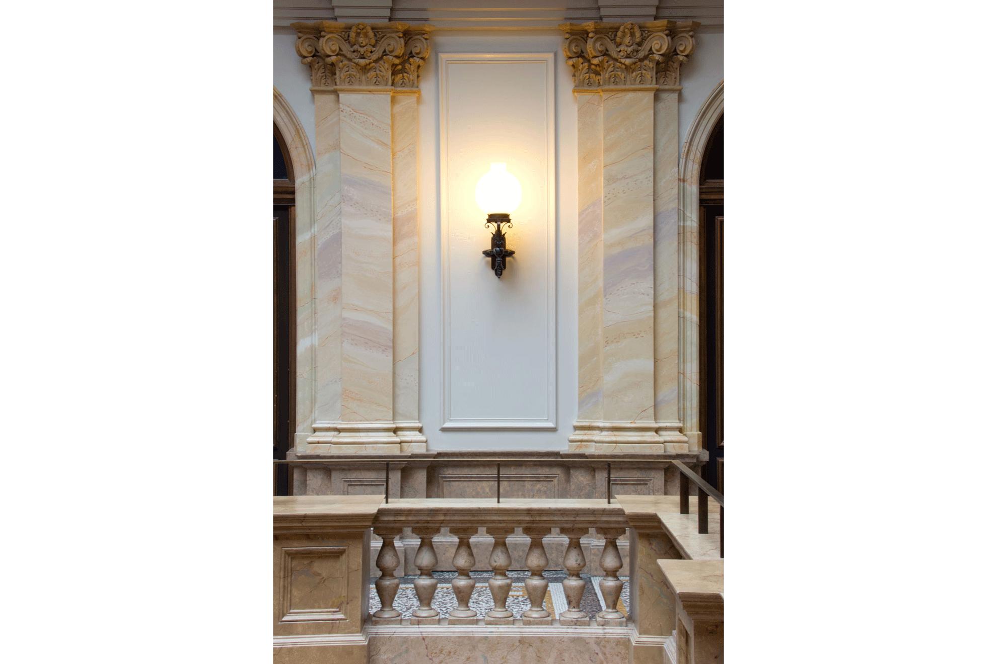 dekorative-Technikbezirksgebaeude1-h3zu2