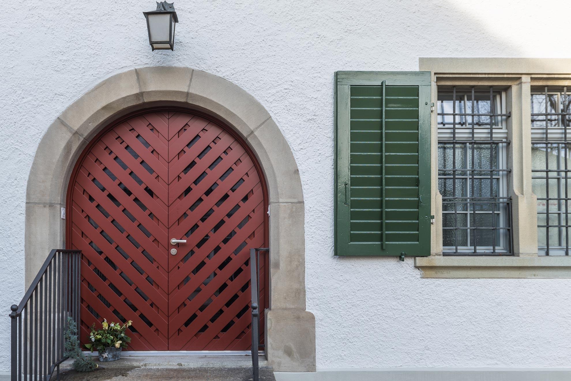 fassade-pfarrhaus-riegelbau-detail-3zu2