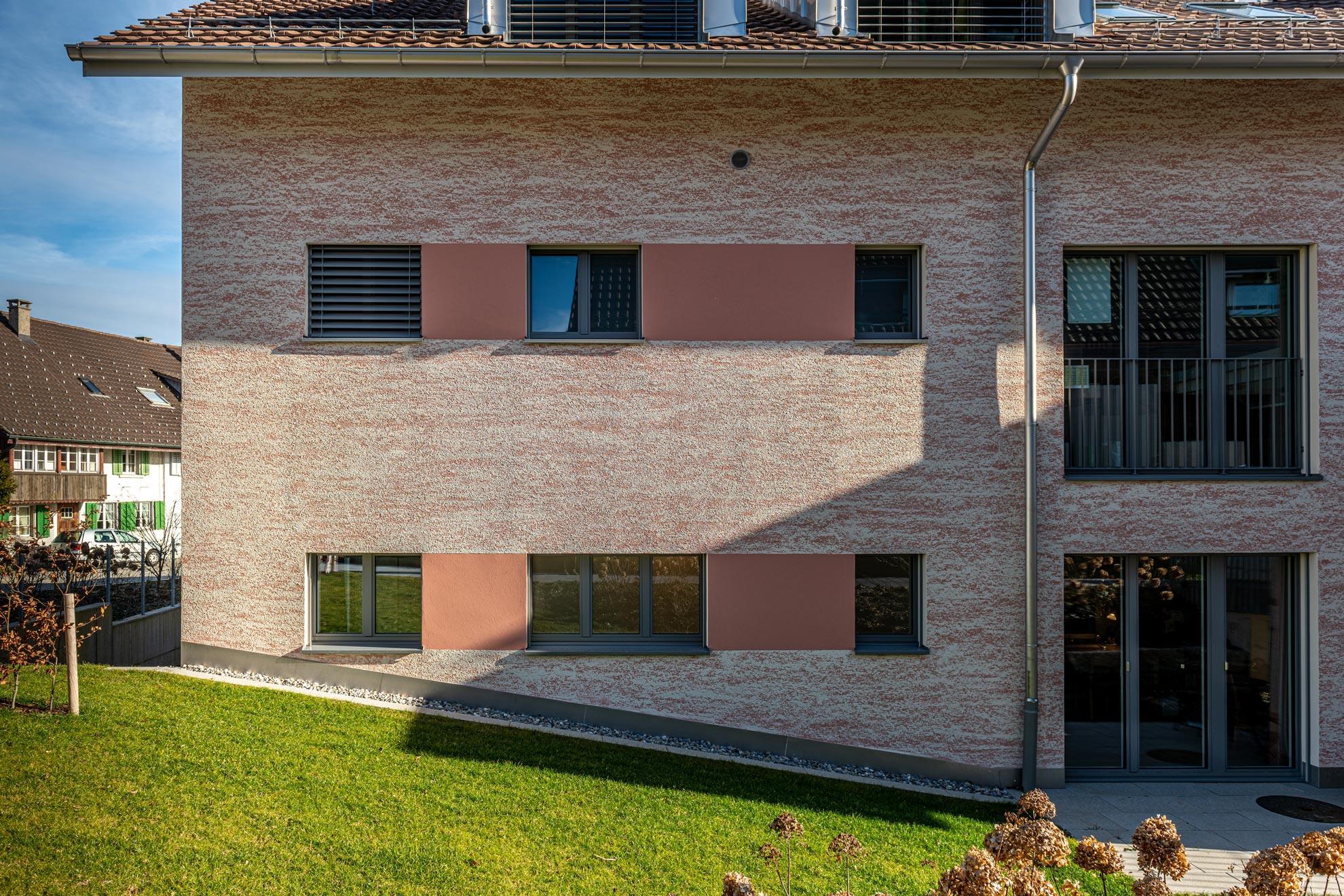 fassade-wohnhaus-2-3zu2