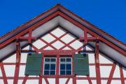 fassade-pfarrhaus-riegelbau-3-3zu2